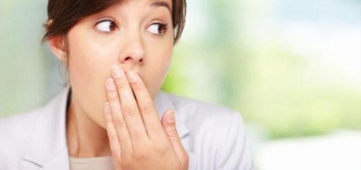 Почему неприятный запах изо рта?